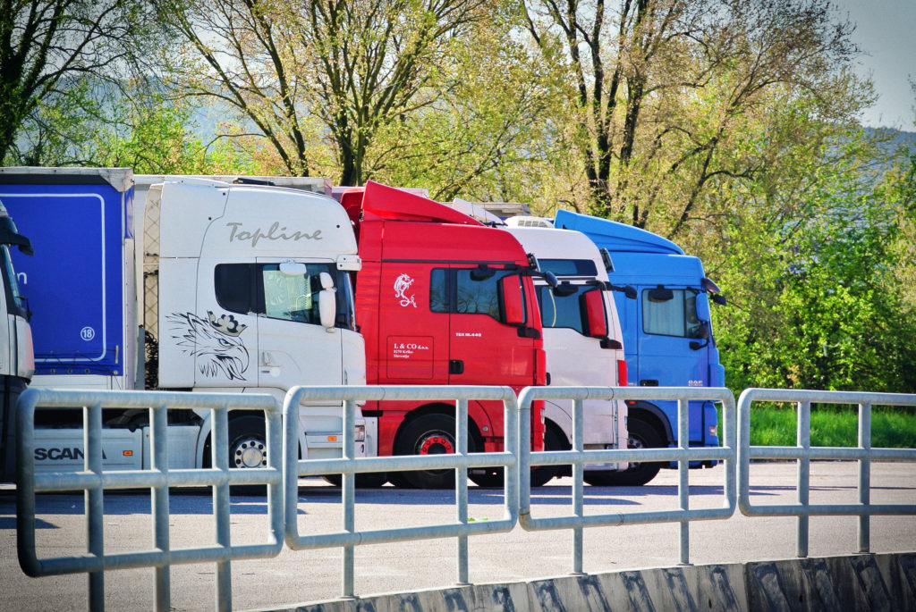 Services addressed to truck drivers - SDAG Safe and secure truck parking